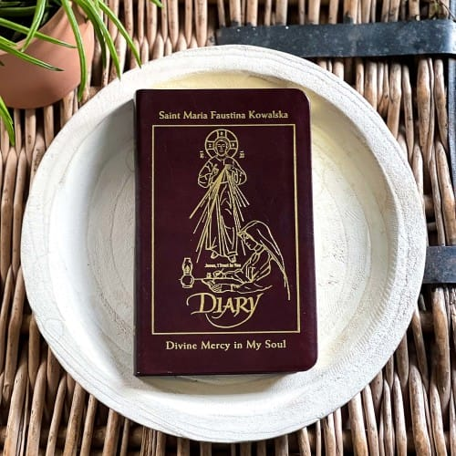 Diary of Saint Maria Faustina Kowalska: Divine Mercy in My Soul (Leather...