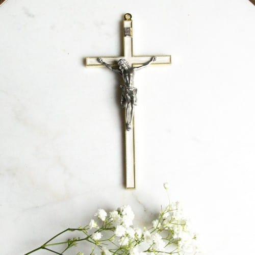 "Pearlized Gold & Silver Crucifix - 7"""