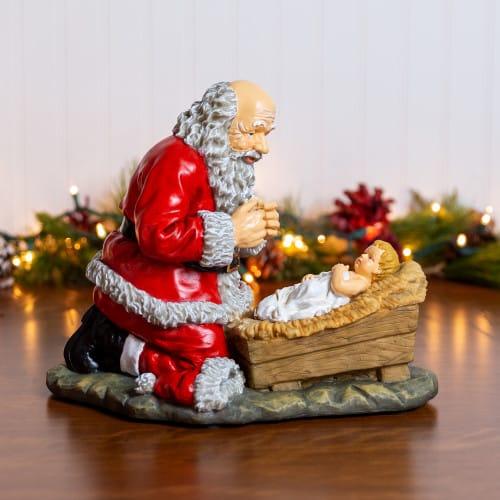 kneeling santa figure 12