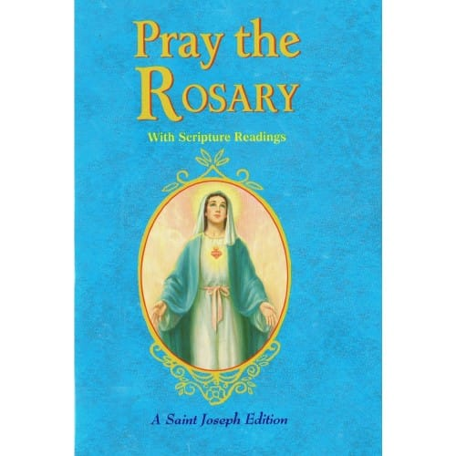 family praying the rosary - 500×500