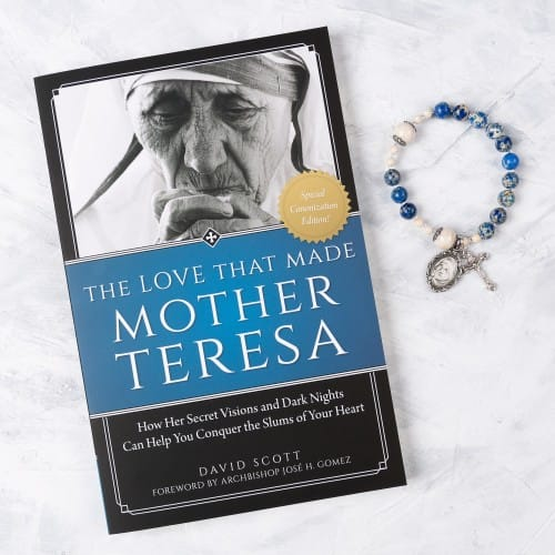 The Love That Made Mother Teresa Book and Rosary Bracelet (Set)