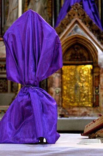 Veiling the altar crucifix for Passiontide