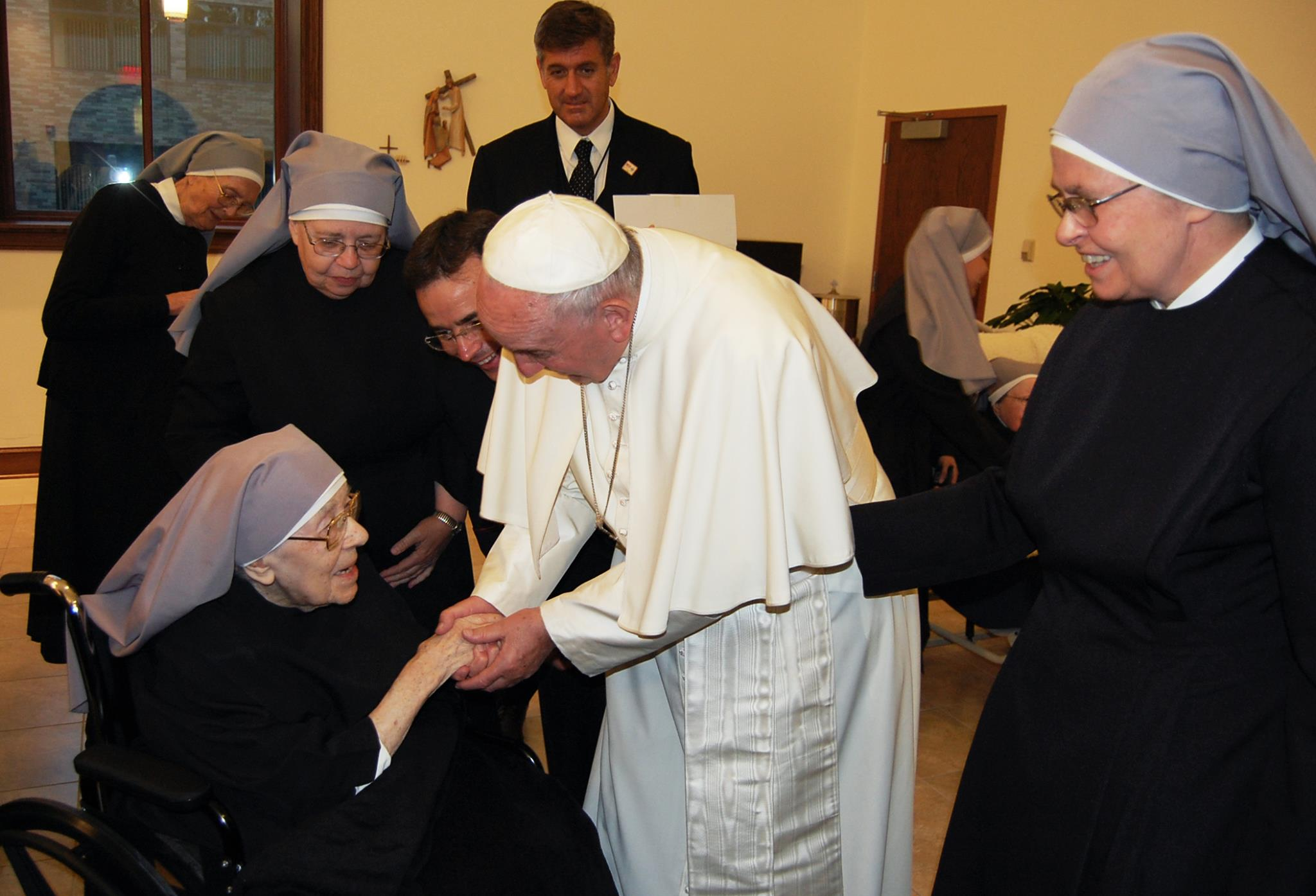 Pope Francis Greets the Little Sisters of the Poor in D.C.
