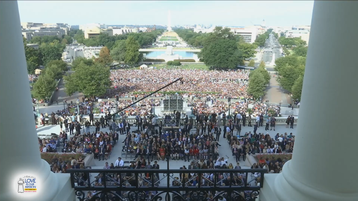 Crowds waiting for Pope Francis