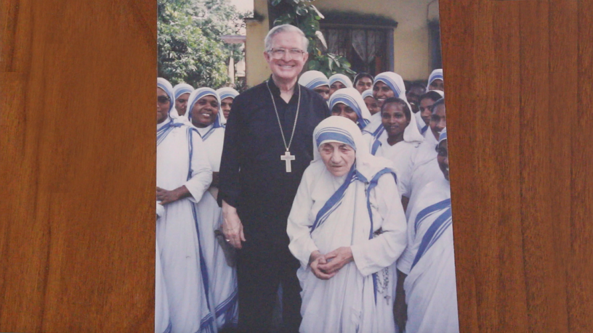 Bishop Curlin with Mother Teresa to give a retreat for her nuns.