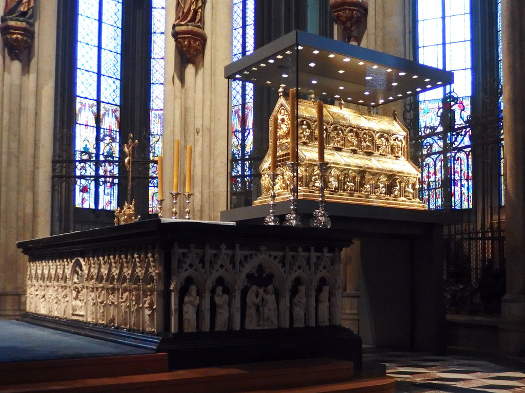 Reliquary of the Three Kings in Cologne cathedral